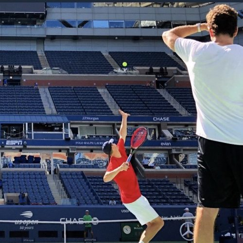 Justin-Gimelstob-Practicing